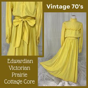 Vintage 70s Swiss Dot Yellow Prairie, Victorian, Gunne Sax Style Dress Sz XS Jrs